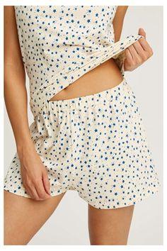 Stars Pyjama Shorts in Cream