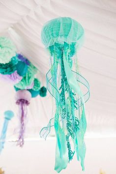 Make a birthday splash with the Mermaid party trend and these whimsical jelly fish pieces. Mermaid party decoration inspiration to compliment to the Bee Box Parties Mermaid Collection. Little Mermaid Birthday, Little Mermaid Parties, The Little Mermaid, Mermaid Baby Showers, Baby Mermaid, Mermaid Room, Mermaid Diy, Mermaid Float, Mermaid Crafts