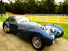 The Devaux Coupe is an Australian automobile released by Devaux Cars Pty Ltd in The Devaux Coupe was designed by David J Clash in Australia. Bugatti, Lamborghini, Art Deco Car, Unique Cars, Amazing Cars, Hot Cars, Motor Car, Exotic Cars, Cars And Motorcycles