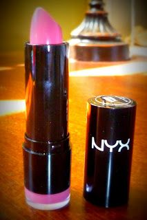 Review of NYX lipstick in Paris. Dupe for MAC Speed Dial!