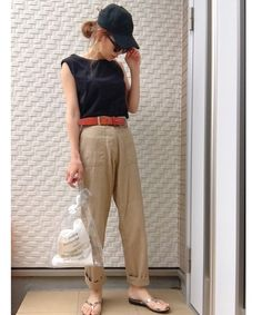 keiの着用アイテム|全身の「その他」 - WEAR Khaki Pants, How To Wear, Fashion, Moda, Khakis, Fashion Styles, Fasion, Trousers