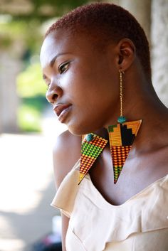 Kente print earrings.....I think I might have to figure out how I can make these...
