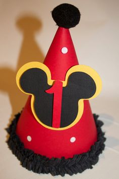 Mickey Mouse Party Hat, birthday Mickey Mouse paper hat by PoshMyParty on Etsy… Mickey Mouse Theme Party, Fiesta Mickey Mouse, Mickey Mouse First Birthday, Mickey Mouse Clubhouse Birthday Party, Mickey E Minie, Minne, Mickey 1st Birthdays, Theme Color, Deco Table
