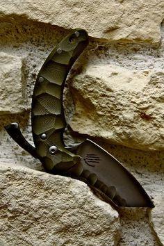 DRAGOTAC Custom Folder Bastinelli Knives