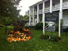 Fall decorations at the Charles Inn in Niagara on the Lake.