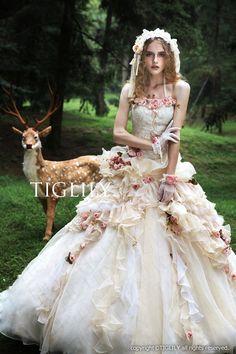 【楽天市場】ウェディングドレス_ウエディングドレス_カラードレス_Aライン_プリンセス(c120)TIGLILY:ブライダルアモーレ