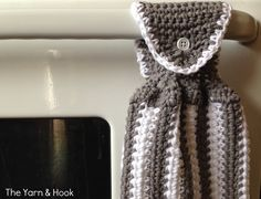 Contrast Kitchen Hand Towel - free crochet pattern at The Yarn & Hook.