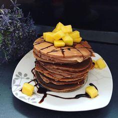 Pancakes - das Lieblings-Frühstück der Absolventinnen unserer Mission Traumbody. Diese Pfannkuchen werden ohne Weizenmehl zubereitet und sind dadurch besonders kohlenhydratarm. Zudem versorgen sie Deinen Körper mit viel Eiweiß und gesunden Fetten, damit Du mit voller Energie in den Tag starten kannst.  Du möchtest auch endlich in Topform kommen ohne hungern oder auf Süßes verzichten zu müssen? Dann mach es wie unsere Teilnehmerin @fairyflower5 und hol Dir jetzt Dein persönliches Trainings…