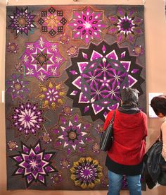 Pinwheels, Tokyo Quilt Festival by alissa Quilting Projects, Quilting Designs, Sewing Projects, Star Quilts, Quilt Blocks, Bed Quilts, House Quilts, Easy Quilts, Quilt Bedding