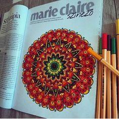 Kezdődhet a pihenés: javasoljuk (naná!!!) hozzá a Marie Claire 8 oldalas színezőjét is. Rengetegen posztoltátok már az alkotásaitokat. Köszönjük szépen! @dalma_denes -nek is.  #felnottszinezo #colors #adultcoloringbook #weekend #weekendmood #relax #marieclaire
