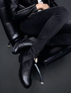 Black ankle boots in faux leather with contrasting elastic side panels & chunky rubber soles.   H&M Shoes