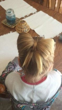 Super cute little girl | http://hairstylecollections.blogspot.com