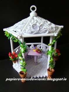 More photos on my blog. www.papierowecudawianki.blogspot.ie Arbour made of paper.Height 14cm,width 12cm.Plate and cup are about the size 5 mm