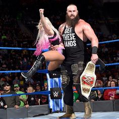 wwe There's no denying the chemistry of #TeamLittleBig! #WWEMMC #BraunStrowman @alexa_bliss_wwe_ 2018/03/08 04:00:17