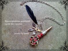 Bijoux créateurs pendentif. La clé des 7 portes : Pendentif par et666