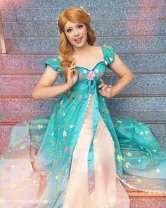 Amy Adams provavelmente sente inveja desta Giselle. | Este cara faz cosplays de princesas da Disney melhor do que qualquer pessoa
