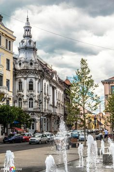 Cluj -Napoca, capital of Transylvania, one of the most visited cities in Romania. Albania, Bulgaria, Places To Travel, Places To See, Places Around The World, Around The Worlds, Rock Club, Bosnia Y Herzegovina, Visit Romania