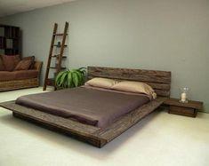 Rustic Bedroom Design, Rustic Bedroom Furniture, Home Decor Bedroom, Rustic Bedrooms, Furniture Layout, Wooden Furniture, Vintage Bed Frame, Bedroom Vintage, Small Room Bedroom