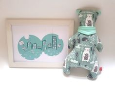 """Searching for an unique & original gift? You've come to the right place! This gift set consisting of an original design stuffed bear and illustration is perfect for your favorite little one's playtime in her/his nursery.  Each piece is One Of A Kind (OOAK) - unique and original sSCAPESs design made in Vienna, Austria/European Union. The Bear is ca. 30cm (11.8"""") long.  The Ilustration is A4 (21x29cm). All sSCAPESs handmade items are made of high quality eco-certified baby-friendly cotton."""