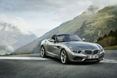 German automobile manufacturer BMW continues to prove why they are held in such high regards when it comes to luxury sports cars as they introduce the BMW Zagato Roadster. Bmw Z3, Bmw Cabrio, M2 Bmw, Bmw Z4 Roadster, Bmw Autos, Ferrari, Lamborghini, Mercedes Benz, Supercars