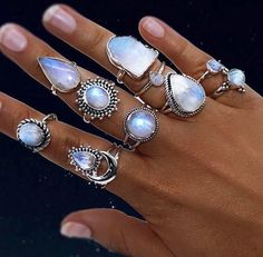 M O O N S T O N E S All made with 925 Sterling Silver and the most beautiful Moonstones Available in our LUNA Collection www.indieandharper.com #SterlingSilverOutfit