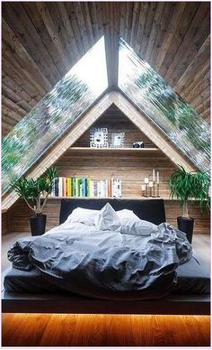 40 Free Bedroom Design You Need To Know About New 2019 Page 9 Of 37 Bedroom Ideas Bedroom Decor Bedroom Ideas For Small Rooms Bedroom Ideas Master Small Apartment Bedrooms, Apartment Bedroom Decor, Small Room Bedroom, Cozy Bedroom, Small Rooms, Bed Room, Bedroom Furniture, Small Spaces, Ikea Bedroom
