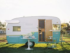 RV And Camping. Great Ideas To Think About Before Your Camping Trip. For many, camping provides a relaxing way to reconnect with the natural world. If camping is something that you want to do, then you need to have some idea Vintage Campers, Camping Vintage, Retro Camping, Vintage Caravans, Vintage Travel Trailers, Vintage Rv, Vintage Airstream, Retro Trailers, Vintage Heart