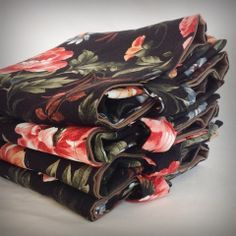 The Floral Print Linen Tote 4 Pack Gift Set – The RocSac Store