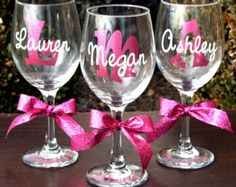 An adorable way to say I Do! and the perfect gift for your bridesmaids.  These elegant champagne flutes feature your script initial behind