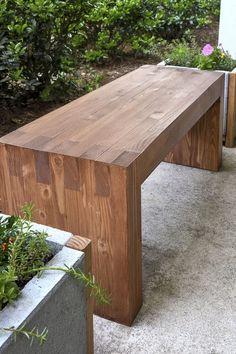 20 Fabulous DIY Outdoor Bench Ideas for Your Home Garden 6