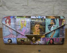 """Custom Handmade Envelope Clutch """"Disney Princess on Vogue"""" theme Handmade Envelopes, Handmade Bags, Valentine Day Gifts, Valentines, Special Occasion Shoes, Envelope Clutch, Bag Making, Decoupage, Comic Books"""