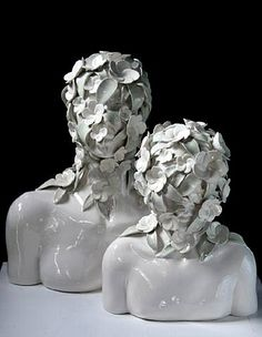 If It's Hip, It's Here: The Human Form As Seen By Contemporary Sculptor Emil Alzamora. Easy Clay Sculptures, Sculpture Clay, Ceramic Figures, Ceramic Art, Land Art, Pottery Sculpture, Contemporary Art, Modern Art, Sculpting