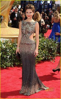 Maria Menounos - Emmys 2010 Red Carpet
