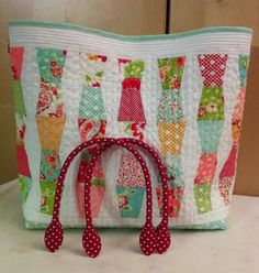 Miss Rosie's Crumbler Templates make this precious tote bag!