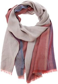 Shop for Tonal stole by Loro Piana at ShopStyle. Fashion 101, Fashion Brand, Chic Outfits, Fashion Outfits, Country Wear, Cameron Diaz, Scarf Styles, Autumn Winter Fashion, Scarf Wrap
