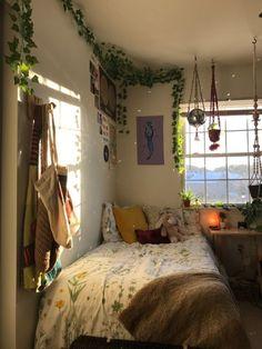 Room Design Bedroom, Room Ideas Bedroom, Bedroom Decor, Bedroom Inspo, 70s Bedroom, Indie Bedroom, Dorm Room Designs, Bedroom Designs, Modern Bedroom