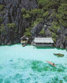 Beaches N Resorts: Coron - Philippines 💙💙💙 Credits ✨ . for a feature 💙 Beach Fun, Beach Trip, Palawan Island, Ocean Scenes, Philippines Travel, Mexico Travel, Adventure Is Out There, Adventure Awaits, Island Life