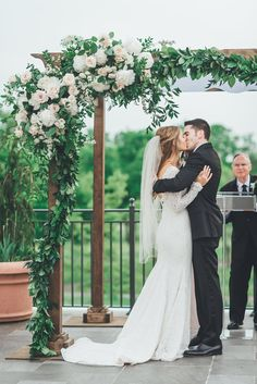 Elegant Maryland Country Club Wedding - Megan & Mike - Sarah Kazemburg Events & Styling