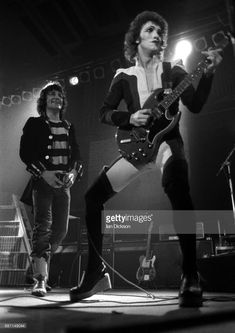 Alex Harvey and Zal Cleminson of The Sensational Alex Harvey Band performing on stage at City Hall, Newcastle-upon-Tyne, 01 May Any Music, Good Music, Alex Harvey, Scottish Bands, Thing 1, Music Fest, Best Rock, Glam Rock, Rock Stars