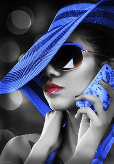 Beautiful colorful pictures and Gifs: Azul-Blue images-Color Splash Splash Photography, Black And White Photography, Fashion Photography, Portrait Photography, Color Splash, Color Pop, Splash Art, Pink Color, Shooting Photo