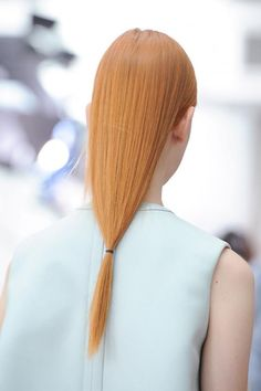 Sleek red hair at Delpozo S/S '15