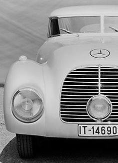 Mercedes-Benz breathes new life into a futuristic one-off vehicle from the 1930s. See how the return of this iconic vehicle looks today on the test tracks.