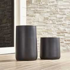 Shop Saabira Fiberstone Planters. Handsome planters play the supporting role with style, showcasing greenery indoors or out.