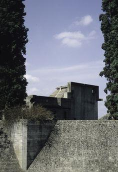 Carlo Scarpa (Italiano, 1906-1978) | Complesso Monumentale Brion (detto Tomba Brion) | San Vito d'Altivole, Treviso | Italia | 1969-1978