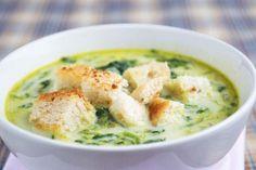 Die Hafersuppe mit Spinat ist ein gesundes, preiswertes und rustikales Rezept. Ausserdem: Schmackhaft nährhaft!