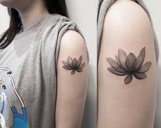 "8,547 Likes, 28 Comments - 타투이스트 홍담 (@ilwolhongdam) on Instagram: ""x-ray flower  #lotus #tattoo #hongdam #타투 #홍담"""