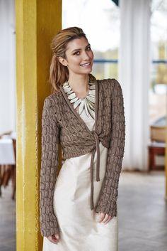 Familien Trend Photoshoot: Jacket in Cross. Model: Alexandria Eissinger. Photo: Eivind Røhne