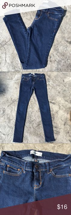 Girls Abercrombie Jeans Girls Abercrombie Kids jeans size 14 skinny.  Jeans have a button fly and are in EXCELLENT condition!  From a smoke and pet free home!  Bundle and save! abercrombie kids Bottoms Jeans