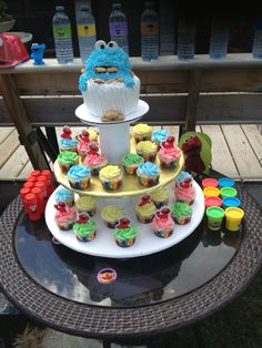 Cookie Monster cupcakes and cake