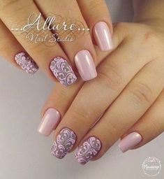 Having short nails is extremely practical. The problem is so many nail art and manicure designs that you'll find online Fancy Nails, Pink Nails, Gorgeous Nails, Pretty Nails, Nail Art Arabesque, Crome Nails, Nagellack Trends, Elegant Nails, Gel Nail Designs